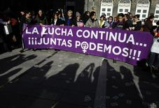 Pro-choice demonstrators take part in a rally in Oviedo December 20, 2013. REUTERS /Eloy Alonso