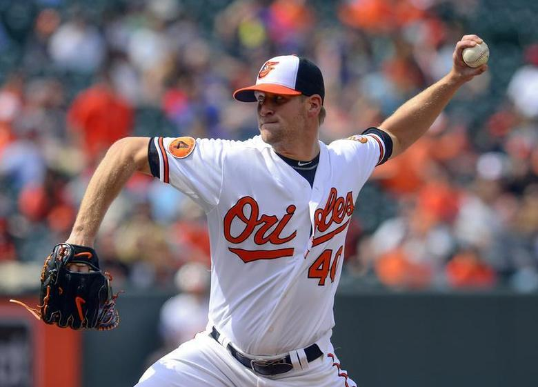 Baltimore Orioles relief pitcher Troy Patton throws against the Toronto Blue Jays during the tenth inning of their MLB American League baseball game in Baltimore, Maryland April 24, 2013. REUTERS/Doug Kapustin