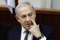 O primeiro-ministro israelense, Benjamin Netanyahu, durante reunião semanal do gabinete, em Jerusalém. 22/12/2013 REUTERS/Gali Tibbon/Pool
