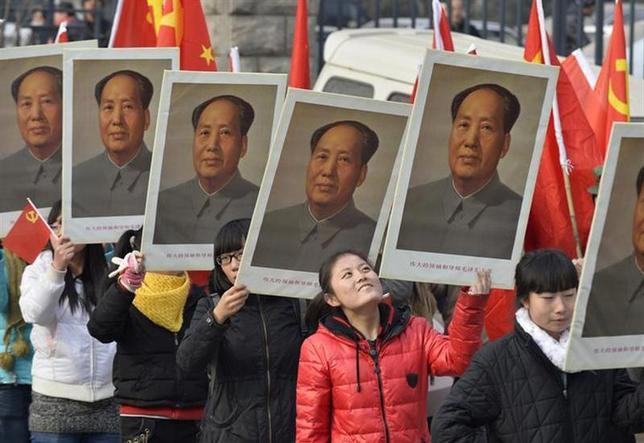 12月26日、中国は中華人民共和国建国の父とされる毛沢東(1893─1976年)の生誕から120年を迎えた。山西省で21日撮影(2013年 ロイター/Jon Woo)