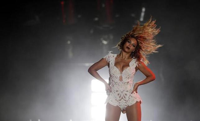 Singer Beyonce performs at the Rock in Rio Music Festival in Rio de Janeiro early September 14, 2013. REUTERS/Ricardo Moraes/Files