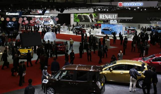 A general view of the 43rd Tokyo Motor Show is seen in Tokyo November 20, 2013. REUTERS/Yuya Shino