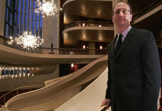 Peter Gelb, the new general manager of Lincoln Center's Metropolitan Opera, poses in the lobby of the opera house in New York February 13, 2006. REUTERS/Keith Bedford