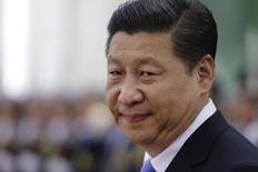 Presidente chinês, Xi Jinping, durante cerimônia de boas-vindas no Grande Salão do Povo, em Pequim, 13 de novembro de 2013. Xi Jinping chefiará uma comissão encarregada de promover reformas socioeconômicas no país, disse a agência estatal de notícias Xinhua na segunda-feira, em mais um sinal de que o líder comunista está determinado a realizar mudanças, apesar da provável oposição de interesses estabelecidos. 13/11/2013 REUTERS/Jason Lee
