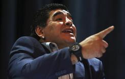O ex-jogador argentino Diego Maradona concede entrevista coletiva em São Paulo, em setembro do ano passado. 04/09/2013 REUTERS/Paulo Whitaker