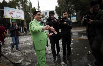 China's oddball demolition king eyes the New York...