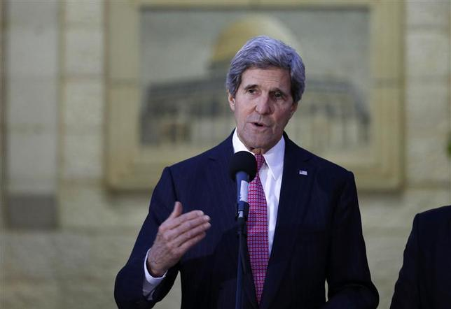 U.S. Secretary of State John Kerry gives a statement to the press after the meeting with Palestinian President Mahmoud Abbas in the West Bank city of Ramallah January 4, 2014. REUTERS/Mohamad Torokman