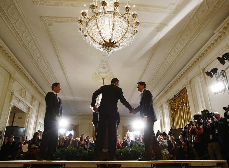 U.S. President Barack Obama announces his Chief of Staff Jack Lew (R) as his nominee for Treasury Secretary, in the East Room of the White House in Washington, January 10, 2013 file photo. REUTERS/Jason Reed