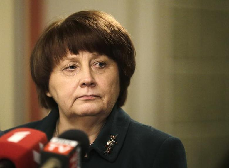 Newly appointed Prime Minister Laimdota Straujuma listens to a question during a news conference in Riga January 6, 2014. REUTERS/Ints Kalnins