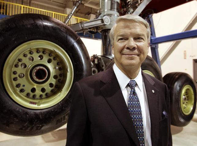 Airbus North America Holdings, Inc. Chairman Allan McArtor attends the world's largest aircraft body landing gear testing facility at the Goodrich Corporation plant in Oakville, April 5 2005. REUTERS/Mike Cassese