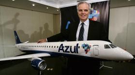Fundador da Jetblue Airways e presidente da Azul Linhas Aéreas Brasileiras, David Neeleman, posa para foto durante coletiva de imprensa em São Paulo. 28/05/2008. REUTERS/Paulo Whitaker