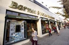 Barnes & Noble, qui était sans directeur général depuis juillet, a nommé à ce poste Michael Huseby, qui était jusqu'ici à la tête de la division numérique de la chaîne de librairies. /Photo d'archives/REUTERS/Mario Anzuoni