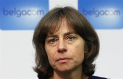 Dominique Leroy, responsable de l'activité grand public de Belgacom, a été nommée jeudi à la direction générale du groupe, deux mois après le limogeage de son prédécesseur. Elle est la première femme à prendre la tête de l'opérateur télécoms belge et la seule à occuper le poste de directeur général parmi les sociétés composants du Bel20 Index, l'indice phare de la Bourse de Bruxelles. /Photo prise le 9 janvier 2014/REUTERS/François Lenoir