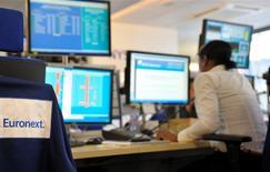L'opérateur boursier Euronext, contrôlé par le groupe américain IntercontinentalExchange, a annoncé jeudi plusieurs nominations pour renforcer sa direction avant son introduction en Bourse prévue d'ici l'été. /Photo d'archives/REUTERS/Philippe Wojazer