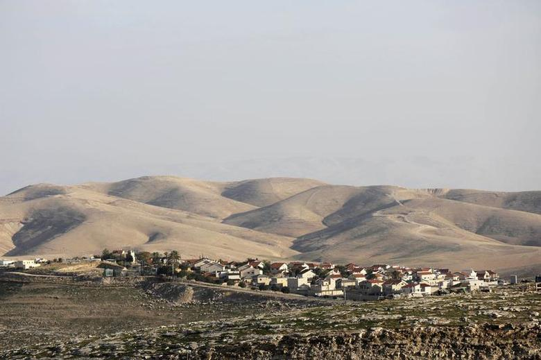 A general view of the West Bank Jewish settlement of Maale Adumim is seen near Jerusalem January 3, 2014. REUTERS/Ammar Awad