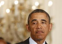 Presidente dos EUA, Barack Obama, durante pronunciamento sobre medidas para a criação de empregos, na Casa Branca, em Washington. Os empregadores dos Estados Unidos contrataram o menor número de trabalhadores em quase três anos em dezembro, mas o revés deve ser temporário já que o clima frio pode ter tido impacto no resultado. 9/01/2014. REUTERS/Larry Downing