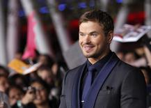 "Cast member Kellan Lutz poses at the premiere of ""The Twilight Saga: Breaking Dawn - Part 2"" in Los Angeles, California, November 12, 2012. The movie opens in the U.S. on November 16. REUTERS/Mario Anzuoni"