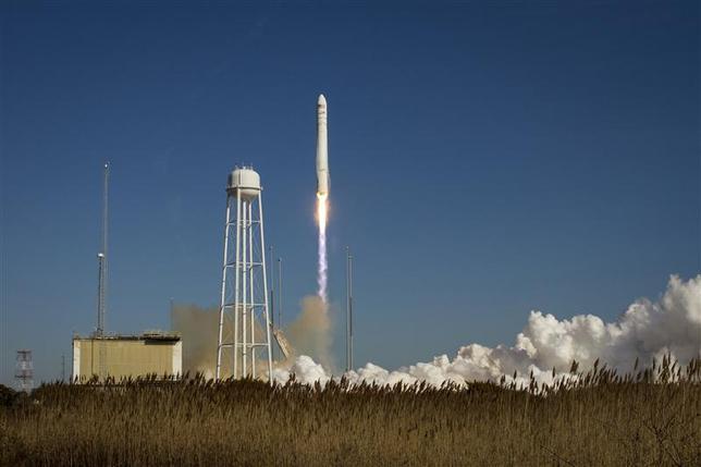 An Orbital Sciences Corporation Antares rocket is seen as it launches from Pad-0A at NASA's Wallops Flight Facility at Wallops Island, Virginia January 9, 2014. REUTERS/Bill Ingalls/NASA/Handout