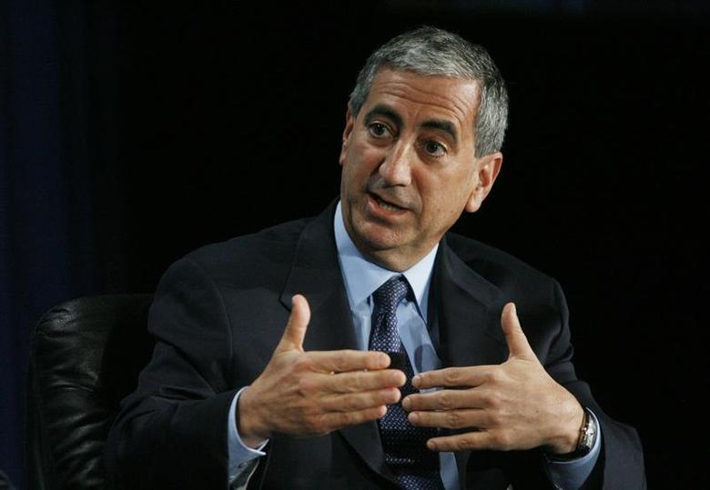 Kenneth Moelis, Chief Executive Officer of Moelis and Company, participates in the ''What's Next for Wall Street?'' panel at the 2010 Milken Institute Global Conference in Beverly Hills, California April 26, 2010. REUTERS/Fred Prouser