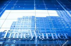 Foto de jueves del edificio de Time Warner en Nueva York. Dic 11, 2013. Time Warner Inc trasladará su sede corporativa de Manhattan a otro lugar de la ciudad de Nueva York para tener a todas sus unidades, desde HBO hasta CNN, bajo un mismo techo y ahorrar dinero. REUTERS/Eric Thayer