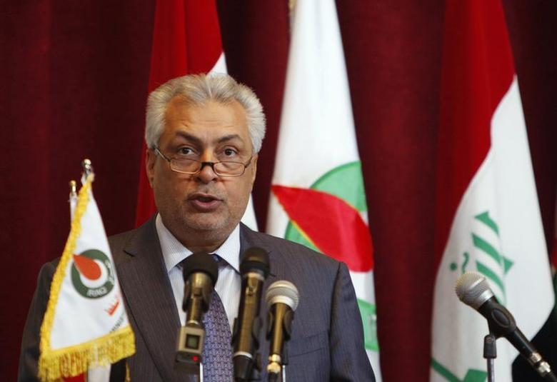Iraq's Oil Minister Abdul Kareem Luaibi addresses a news conference during the fourth licensing round for exploration blocks at the Oil Ministry's headquarters in Baghdad May 30, 2012. REUTERS/Saad Shalash