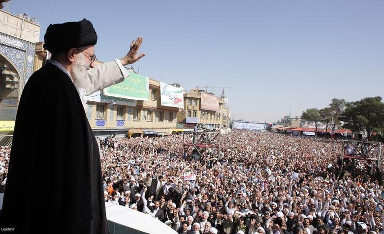 Iran's Supreme Leader Ayatollah Ali Khamenei waves to the crowd in the holy city of Qom, 120 km (75 miles) south of Tehran, October 19, 2010 file photo. REUTERS/Khamenei.ir