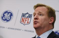 Roger Goodell, Commissioner of the National Football League (NFL) speaks at a news conference announcing the Head Health Initiative, a collaboration between General Electric (GE) and the National Football League (NFL), in New York March 11, 2013. REUTERS/Mike Segar