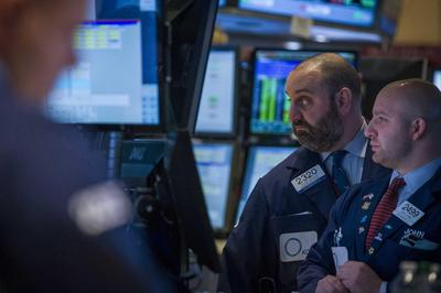 S&P 500 ends with slight gains; IBM falls late