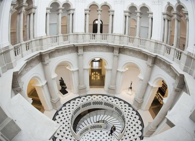 The circular balcony and new spiral staircase are seen at Tate Britain in central London November 18, 2013. REUTERS/Olivia Harris/Files