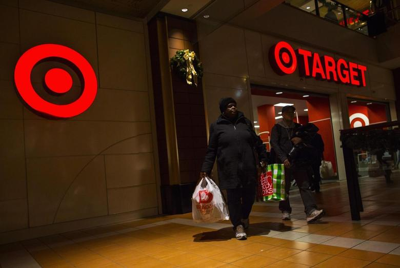 People shop at a Target store during Black Friday sales in the Brooklyn borough of New York, November 29, 2013. REUTERS/Eric Thayer