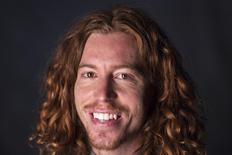 Snowboarder and Winter Olympic gold medallist Shaun White poses for a portrait in New York in this file photo from August 20, 2012. REUTERS/Lucas Jackson/Files