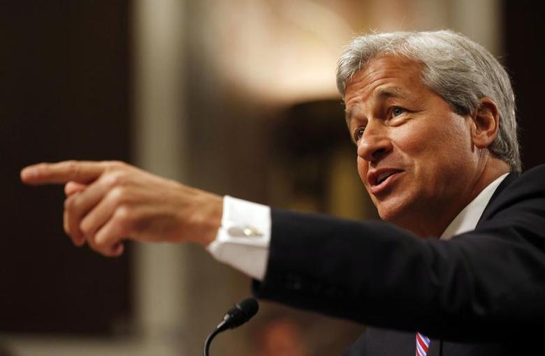 JP Morgan Chase and Company CEO Jamie Dimon points during the U.S. Senate Banking, Housing and Urban Affairs Committee hearing on ''A Breakdown in Risk Management: What Went Wrong at JPMorgan Chase?'' on Capitol Hill in Washington, June 13, 2012 file photo. REUTERS/Larry Downing