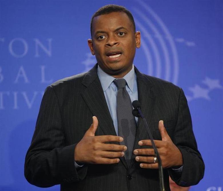 Mayor Anthony Foxx, announces a public-private partnership with Duke Energy, to use better technology to make Charlotte, NC, more energy efficient, at the Clinton Global Initiative in New York, September 23, 2010. REUTERS/Chip East