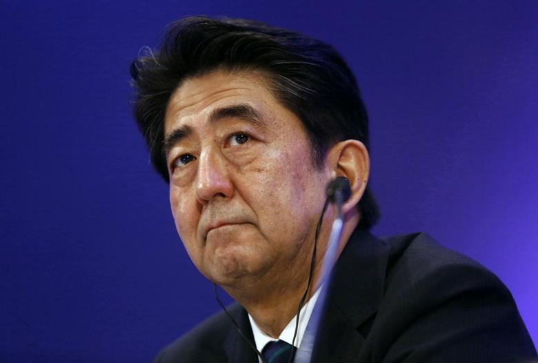 Japan's Prime Minister Shinzo Abe attends a business meeting organised by Confederation of Indian Industry (CII) in New Delhi January 25, 2014. REUTERS/Anindito Mukherjee