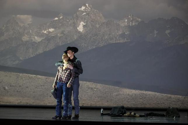 American tenor Tom Randle (Jack Twist) (L), and Canadian bass-baritone Daniel Okulitch (Ennis del Mar), perform during a dress rehearsal of the opera ''Brokeback Mountain'' at the Teatro Real in Madrid, January 24, 2014. REUTERS/Paul Hanna