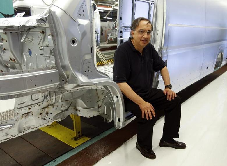 Fiat Chief Executive Sergio Marchionne poses during a visit at the carmaker's Sevelsud plant in Atessa, central Italy, July 9, 2013. REUTERS/Remo Casilli