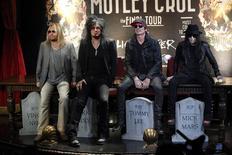 Los integrantes de Mötley Crüe durante el anuncio de su gira The Final Tour en Hollywood, ene 28 2014. La banda de rock metal Mötley Crüe anunciará su retirada después de que termine su gira de despedida el próximo año, dijo el martes el grupo. REUTERS/Mario Anzuoni