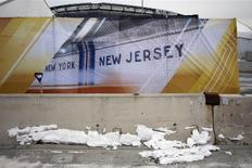 Snow is seen near the Metlife Stadium in East Rutherford, New Jersey, January 28, 2014. REUTERS/Shannon Stapleton