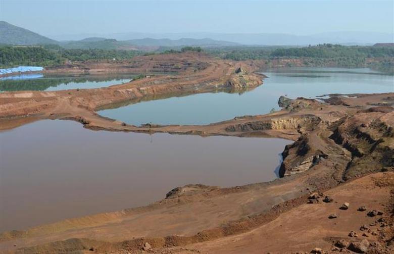 A general view shows the open pit of Sesa Sterlite iron ore mine in Codli village in Goa December 9, 2013. REUTERS/Krishna Das/Files