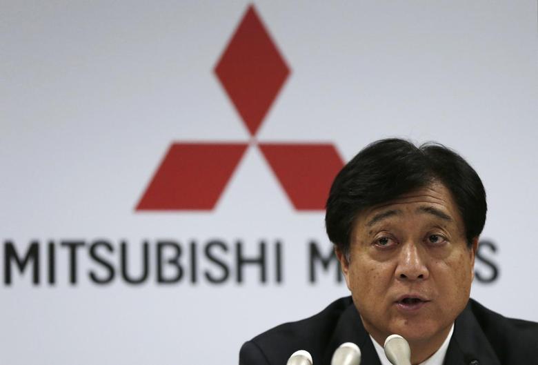 Mitsubishi Motors Corp President Osamu Masuko attends a news conference at the company headquarters in Tokyo April 25, 2013. REUTERS/Toru Hanai