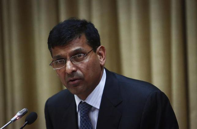 Raghuram Rajan, newly appointed governor of Reserve Bank of India (RBI), addresses a news conference at the bank's headquarters in Mumbai September 4, 2013. REUTERS/Danish Siddiqui