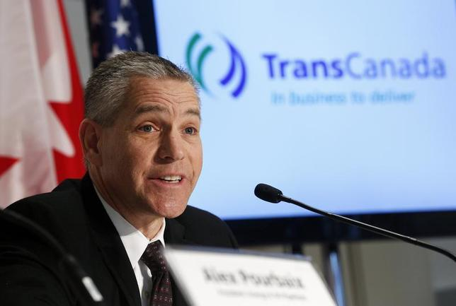 TransCanada President and CEO Russ Girling announces the start of oil delivery operations on the Gulf Coast Project, the southern leg of the company's Keystone system in Calgary, Alberta, January 22, 2014. REUTERS/Todd Korol