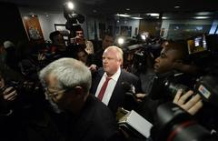 Toronto Mayor Rob Ford leaves his office to return to a budget meeting at City Hall in Toronto, January 30, 2014. REUTERS/Aaron Harris