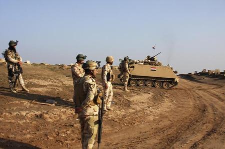 عالمي الجيش العراقي يقصف الفلوجة استعدادا لهجوم ?m=02&d=20140202