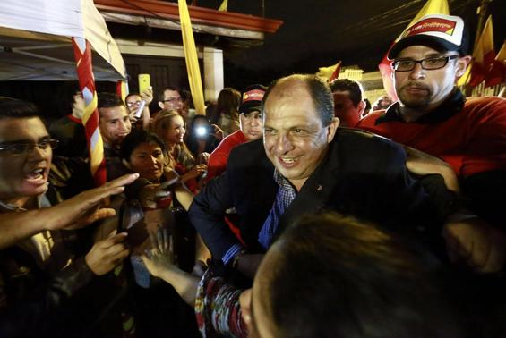 Luis Guillermo Solis, presidential candidate for the Citizens' Action Party, arrives to deliver a speech to his supporters in San Jose February 2, 2014. REUTERS-Randall Campos