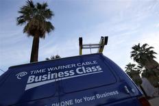 Selon des sources proches du dossier, Charter Communications discute de la possibilité de relever son offre sur Time Warner Cable dans les deux semaines qui viennent. Les deux valeurs seront suivies lundi sur les marchés américains. /Photo prise le 29 janvier 2014/REUTERS/Sam Mircovich