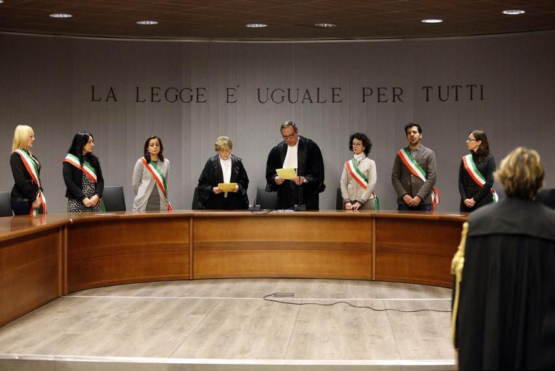 Judge Alessandro Nencini (C) reads the verdict during the retrial session of Amanda Knox and Raffaele Sollecito in Florence January 30, 2014. REUTERS/Giampiero Sposito