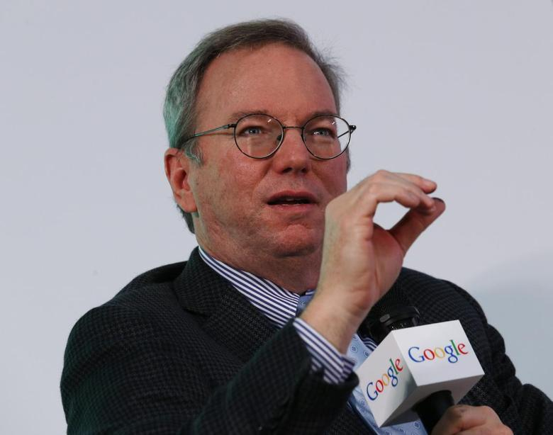 Google Executive Chairman Eric Schmidt speaks during a talk titled ''Connecting with the World: Empowering Young Entrepreneurs for the New Digital Age'' at the Chinese University of Hong Kong November 4, 2013. REUTERS/Bobby Yip