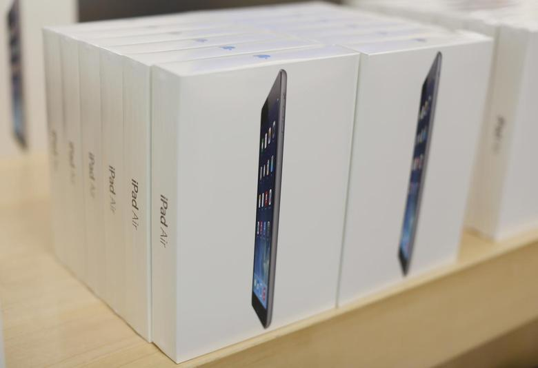 Boxes of iPad Air tablets are seen at the Apple store in San Francisco, California November 1, 2013. REUTERS/Stephen Lam