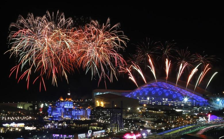 Fireworks are seen over the Olympic Park during the rehearsal of the opening ceremony at the Adler district of Sochi, February 4, 2014. REUTERS/Alexander Demianchuk